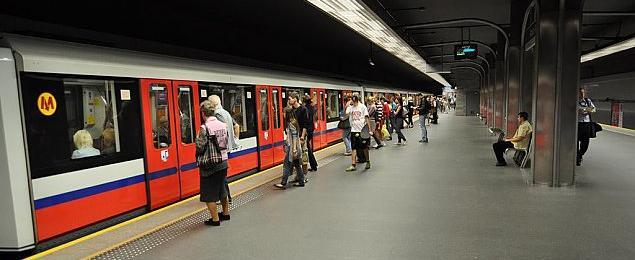 Metro na Bia³o³êkê. Czaruj± czy oszukuj±?