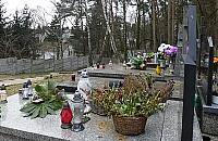 """Nowy cmentarz na Bia³o³êce? """"Ciê¿ko o miejsce"""""""