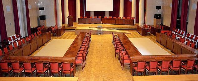 Bunt w Radzie Warszawy. Platforma straci³a wiêkszo¶æ