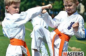 Naucz dziecko prawdziwego karate