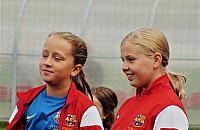 Dziewczynki próbuj± si³ w Akademii Barcy