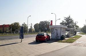 """Parkingowy hrabia zajecha³ pod kiosk. """"Za rogiem ma parking"""""""