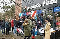 ¦wiêtuj pierwsze urodziny z entuzjastami pizzy!