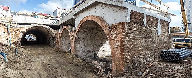 Piwnice Haberbuscha odkopane. Powstan± kawiarnie i restauracje