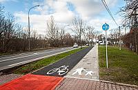 Rowerem przez Wawer. Wa¿na droga przesz³a remont