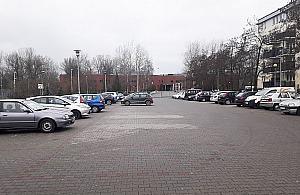 """Parking przed BOK-iem do likwidacji? """"Otwórzmy siê na Tarchomin"""""""