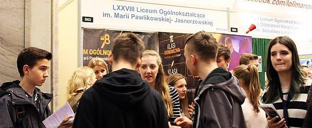 """Ranking liceów: odwrócimy tabelê, """"Pawlikowska"""" na czele"""