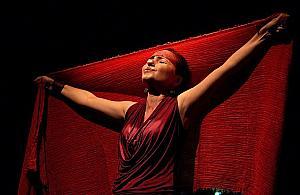 Festiwal teatrów niezale¿nych. Garderoba na Bia³o³êce