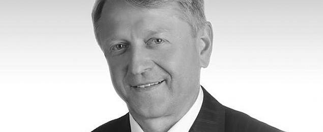 Zmar³ Wojciech Gawkowski, zastêpca starosty pruszkowskiego