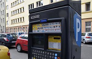 Aktywi¶ci proponuj±: p³atne parkowanie na Bielanach