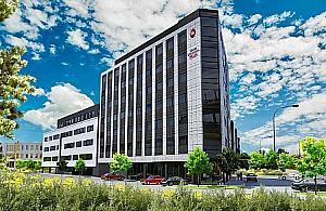 Nowy hotel w Wawrze. Budowa ruszy�a