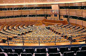 Oficjalnie: Koalicja Europejska wygrywa w Warszawie