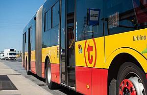 Wakacje z autobusami. Mn�stwo zmian i objazd w centrum