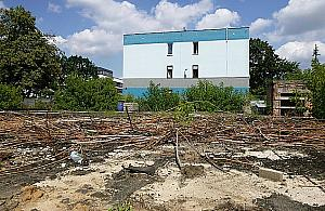 Kolejne mieszkania w centrum Legionowa. Znikn� blaszaki