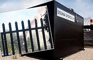 Dym z krematorium nad Targ�wkiem. Mieszka�cy protestuj�