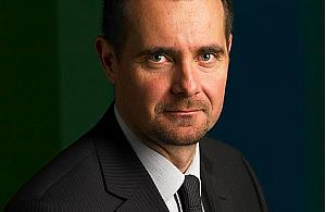 Senator Aleksander Pociej: Nie pouczam ludzi, jak maj� �y�