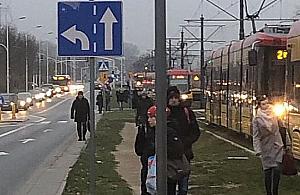 Wypadek na Tarchominie. Tramwaje nie kursowa�y