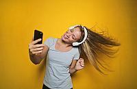 Lubisz seriale, kochasz muzykê i stawiasz na swobodê? Poznaj ofertê Orange Flex!