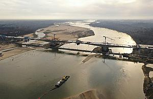Nieoficjalnie: most otworz� na raty