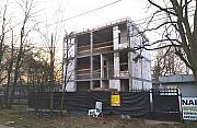 Trwa budowa przy Lucerny. Urzêdnicy dali zgodê przez pomy³kê?