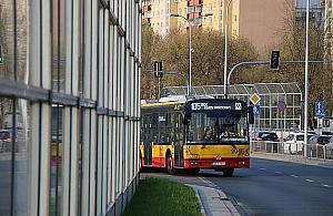 Jak pojad� autobusy? Setki sprzecznych opinii