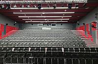 Pierwsze kino na Zielonej Bia�o��ce. Czy to ma sens?