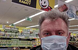 """Zakupy w czasach pandemii. """"Niech si� pani nie boi, zdrowa jestem"""""""