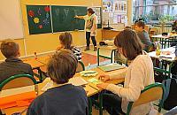 """Ruszaj� przedszkola i szko�y dla najm�odszych. """"Nauczyciele mog� si� zbada�"""""""