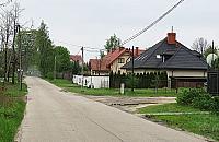 Coraz wi�cej dom�w na Bia�o��ce Dworskiej. Mieszka�cy przeciwni segmentom