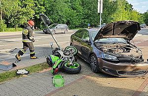 Wypadek na Głębockiej. Ucierpiał motocyklista