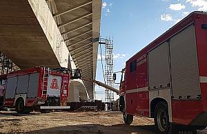 Gro�ny wypadek na budowie mostu
