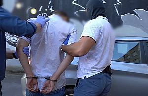 Napad� z no�em na policjanta. Trafi� do schroniska dla nieletnich