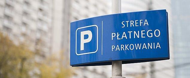 Wi�ksza strefa p�atnego parkowania ju� we wrze�niu. Co z abonamentem mieszka�ca?