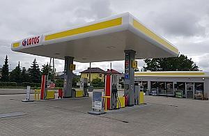 Wybuch na stacji paliw przy £odygowej