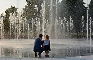 Ruszają fontanny na Woli, co z tężnią?