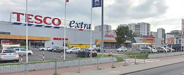 Radni chcą... kupić teren Tesco. Co powstanie przy Górczewskiej?