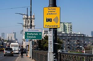 """Nowe fotoradary w Warszawie. """"Kierowcy jad± wolniej"""""""