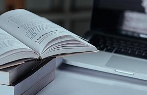 Angielski online - co powinna oferowaæ dobra szko³a jêzykowa?
