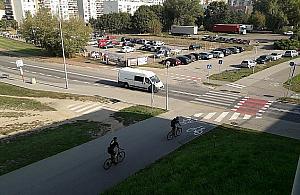 """Progi spowolni± kierowców. To """"czarny punkt"""" dla rowerzystów"""