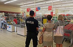 Awantura w sklepie na M³ynowie. Pobi³ ochroniarza