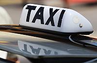 """Drogie taksówki na Bia³o³êkê. """"Ju¿ teraz trudno jest znale¼æ kierowcê"""""""