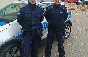 Eskorta do szpitala. Popisowa akcja policjantów z Wawra