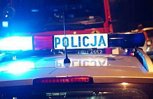 """Akcja policji przy P³ochociñskiej. """"Mê¿czyzna zakleszczy³ siê na mo¶cie"""""""