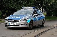 Policyjna zasadzka w Wawrze. Mê¿czyzna próbowa³ ukra¶æ jaguara