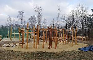 Nowe miejsce do wypoczynku w Miêdzylesiu. Skwer z boiskiem i placem zabaw