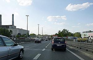 Najtañsza stacja benzynowa w Warszawie? Zjazd notorycznie zakorkowany