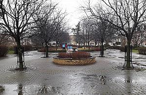Plac Kasztelañski idzie do remontu. Wiêcej zieleni, wiêcej atrakcji