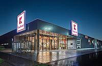 Wysadzili bankomat w Kauflandzie przy Korkowej. Ukradli kasetki z pieniêdzmi