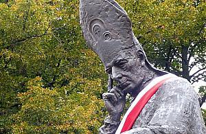 """Powstanie mural z kardyna³em Wyszyñskim? """"Z okazji beatyfikacji"""""""