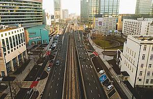 122 km/h na Jana Paw³a II. Ponad 60 kierowców dziennie powinno straciæ prawo jazdy